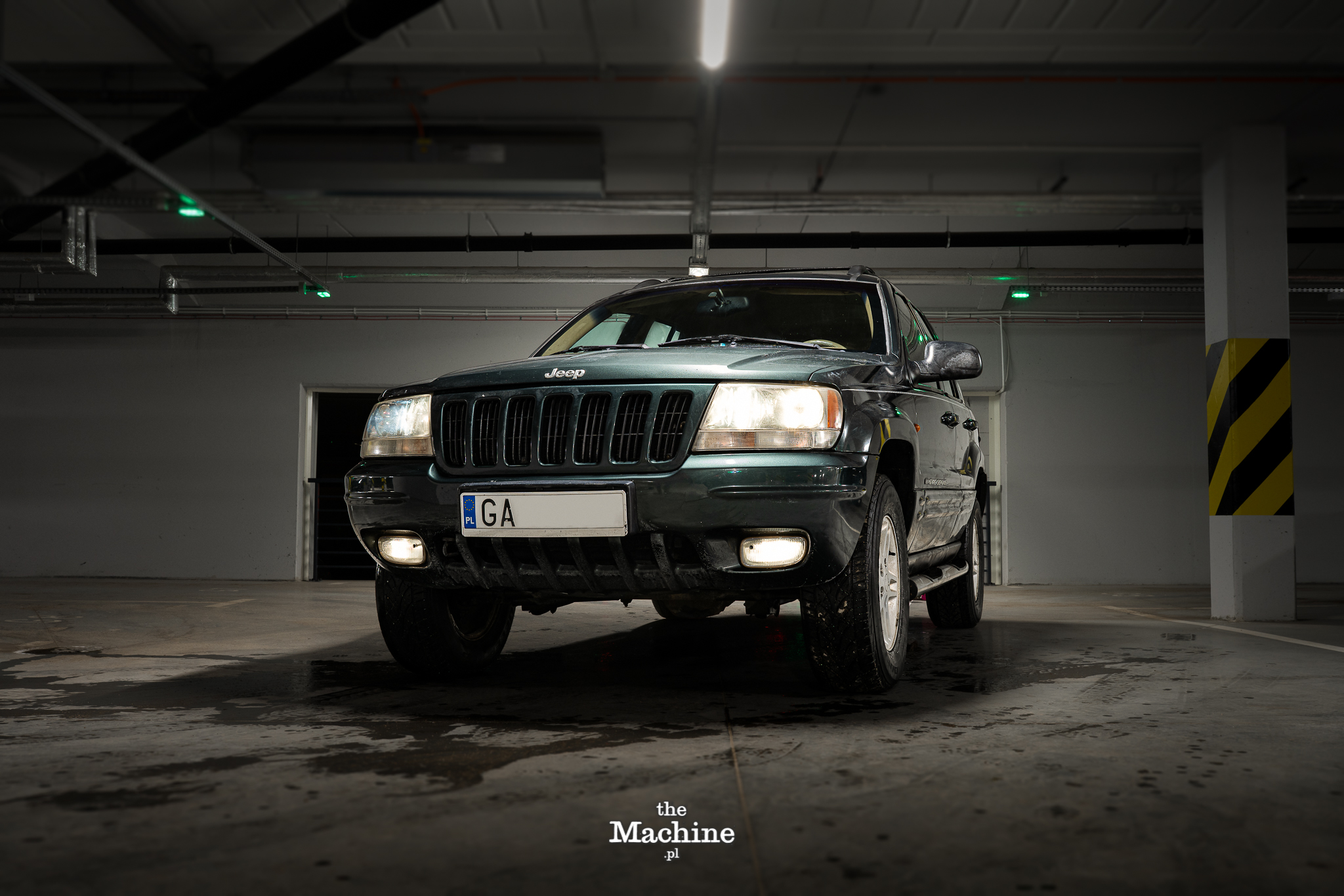 Jeep Cherokee by TheMachine (1)