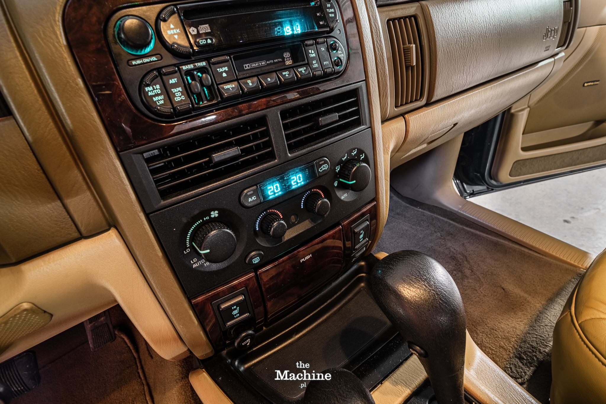 Jeep Cherokee by TheMachine (43)